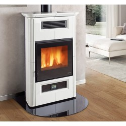 wooden stove Nordica Wanda Classic 9 kw with ducting system